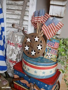Patriotic vignette with a splash of summer thrown in Fourth Of July Decor, 4th Of July Decorations, July 4th, Patriotic Crafts, July Crafts, Americana Crafts, Yankee Doodle Dandy, I Love America, Old Glory