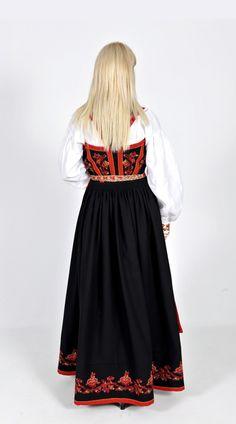 Kvinnebunad fra Vest-Telemark Folk Costume, Costumes, Norway, Tulle, Vest, Dresses With Sleeves, Long Sleeve, Skirts, Fashion