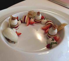 La fraise: dans l'idée d'un fraisier à la mara des bois, ganache montée à la…