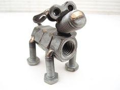 Escultura de cão.
