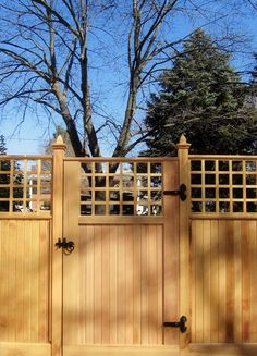 102 Marvelous Modern Front Yard Privacy Fences Ideas Page 98 of 104 Modern Front Yard, Front Yard Fence, Modern Fence, Fenced In Yard, Front Walkway, Brick Fence, Cedar Fence, Stone Fence, Gabion Fence