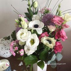 J'adore ce bouquet de fleurs que m'ont offert ma fille et mon gendre de coeur , j'avais juste envie de le partager avec vous !⠀ ⠀ I do like these #flowers... I'm happy to share it with you ! thanks to Veronique my daughter and Franck grr boyfriend who gave it to me... 💙⠀ .⠀ .⠀ .⠀ .⠀ .⠀ .#CommunityManager  #freelance #CommunityManagement #ReseauxSociaux #entreprise #PageFacebook #LinkedInMarketing #businesswoman #pinterest #formations  #consulting #entrepreneur⠀ #B2B #B2C #RéseauxSocia