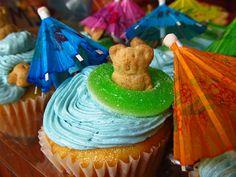 luau food for kids | Luau Cupcakes: Two Ways