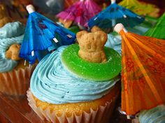 luau food for kids | Luau Cupcakes: Two Ways