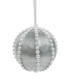 String of Pearls Ornament #ornaments #craft #christmas