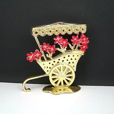 Metal Earring Holder, Flower Cart, Pierced Earrings, Goldtone Metal, Red flowers, c1970-80, Revere Mfg, Vintage Collectible