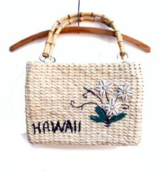 Vintage Straw Purse Hawaii  say Aloha to this fab by BlueRoseRetro, $19.00
