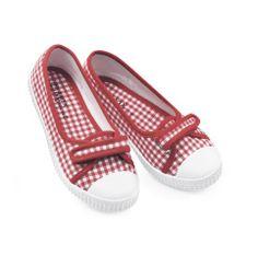 Junior Canvas Shoe Max Footwear,http://www.amazon.com/dp/B003Z9A3PU/ref=cm_sw_r_pi_dp_vlKQsb0R7XA52R2Z