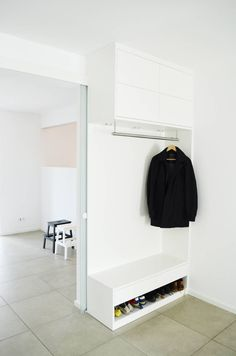 baublog hausnummer 17 ikea hack eine flur garderobe. Black Bedroom Furniture Sets. Home Design Ideas