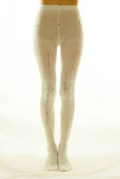 These special tights are made in Japan to superior standards and feature a design inspired by the beautiful poetry created by the talented modern poet Yumi Fuzuki, winner of the 15th Annual Chuya Nakahara Award at only 18 years old. A poem of hers is written on these tights that have been made to look just like Japanese writing paper. An incredibly unique item, these tights are for both fashion an...