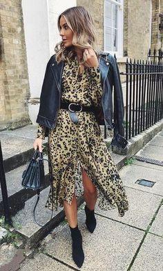 Musa do estilo: Nadia Anya - Guita Moda Fashion Week, Look Fashion, Winter Fashion, Fashion Outfits, Fashion Night, Sock Boots Outfit, Casual Outfits, Cute Outfits, Christina Milian