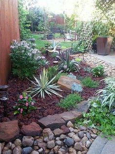 Stunning Front Yard Flower Garden Design Ideas