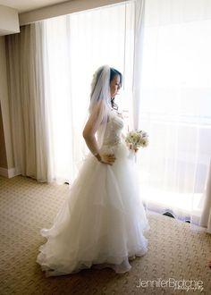 Oahu Wedding and Family Photographer, Waikiki, Hawaii, Hyatt Regency, Hotel Venues, Bridals, Groom, Flowers, Reception Sites, Ceremony Site, Near the Beach www.jenniferbrotchie.com