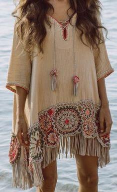hippie outfits 821555157005732545 - Beach throw over – Source by favoritoonlycheapestcom Look Boho, Bohemian Style, Boho Chic, Bohemian Tops, Boho Fashion, Womens Fashion, Fashion Design, Fashion Trends, Boho Outfits