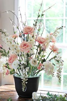 DIY Wedding Flower Arrangement | The Budget Savvy Bride