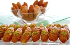 The Arabic Food Recipes kitchen (The Home of Delicious Arabic Food Recipes) invites you to try Arabic fried macroons Recipe. Lebanese Desserts, Lebanese Cuisine, Lebanese Recipes, Greek Recipes, New Recipes, Arabic Recipes, Simple Recipes, Favorite Recipes, Arabic Dessert