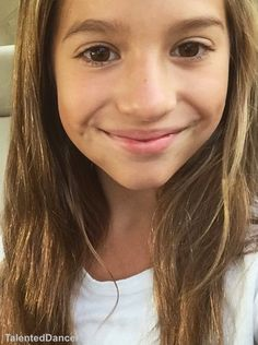 Going to the dance with mark*smiles*-Kenzie Mackenzie Ziegler Dance, Maddie And Mackenzie, Maddie Ziegler, Style Hip Hop, Tessa Brooks, Mack Z, Dance Moms Girls, Dance Company, Celebs