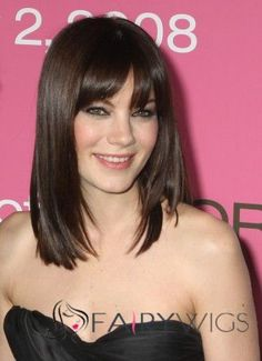 Long Bob Hairstyles with Bangs. See all Best Long Bob Hairstyles 2013 from Cute Easy Hairstyles - Best Haircut Style and Color Ideas. Medium Haircuts With Bangs, Medium Length Hair With Bangs, Bob Haircut With Bangs, Cute Hairstyles For Medium Hair, Long Layered Haircuts, Long Bob Hairstyles, Medium Hair Cuts, Hairstyles With Bangs, Medium Hair Styles