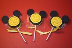mickey mouse party | Mickey Mouse Lollipop party favors by craftygio on Etsy