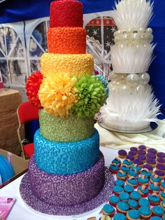 1000+ images about Mood board- Rainbow on Pinterest ... Elegant Rainbow Wedding Cake
