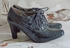 UNISA green BROGUES heels LACE UP SHOES uk 7 40 PATENT 1940'S vintage leather