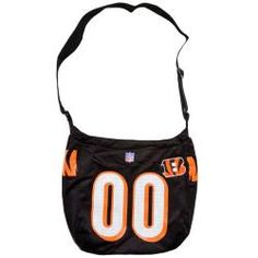 @Overstock - This Littlearth Cincinnati Bengals Veteran Jersey Tote Bag is great for a weekend shopping trip, a day at the beach and much more. Carry all of your valuables and necessities while supporting your favorite team.http://www.overstock.com/Sports-Toys/Little-Earth-Cincinnati-Bengals-Veteran-Jersey-Tote-Bag/5219356/product.html?CID=214117 $26.99