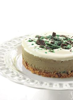 SUNDAY TIMES - Peppermint Crisp tart Peppermint Crisp Tart, Peppermint Cheesecake, Tart Recipes, Baking Recipes, Mint Cake, South African Recipes, Sweet Life, Vanilla Cake, Sunday
