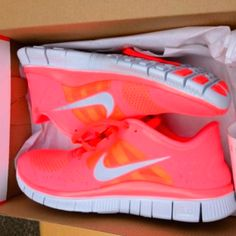 Coral Nike...I want these!