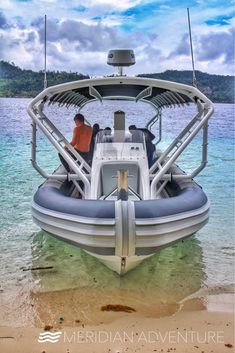 Front view of the state of the art dive boat!