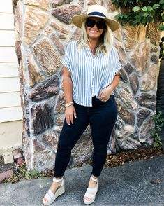 Apr 2020 - Posts from corrine_monique Curvy Girl Outfits, Mom Outfits, Retro Outfits, Chic Outfits, Spring Outfits, Plus Size Outfits, Fashion Outfits, Winter Outfits, Curvy Fashion