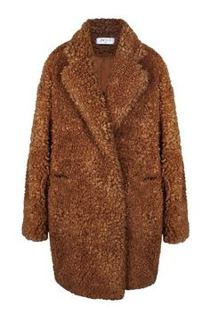 A new take on our classic teddy bear coat, this fluffy faux fur coat is crafted in a double breasted style with a wool blend collar stand, front pocket and finished with thin quilted lining. http://www.paisie.com/collections/new-in/products/fluffy-teddy-bear-coat:
