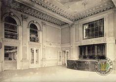 Teatro São Carlos, a partir de 1950 passou a chamar-se Teatro Carlos Gomes.
