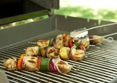 For most masters of the grill, there is no compromising; you are either in one camp or the other. Let's look at the issues that are inflaming the debate.