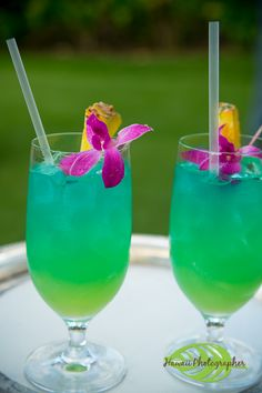 Blue Hawaiians, a classic tropical drink