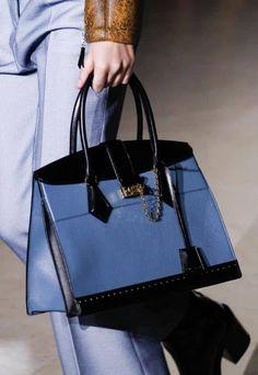 Borse Louis Vuitton autunno inverno 2017 2018: addio Monogram