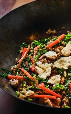 Nasi goreng – stegte ris med kød og grønsager