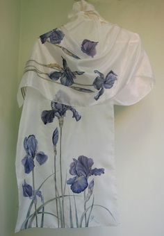 "Silk scarf ""Black irises"" silk painting by Lena Korolyuk:"