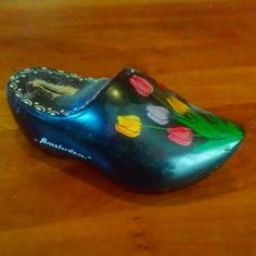 old dutch money clog from 'Gonna open and see what's inside it today! Old Shoes, Black Shoes, Holland, Amsterdam, Clogs, Dutch, 1970s, Nostalgia, Money