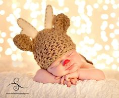 Rudolph the Red-Nosed Reindeer Photo by Starla Photography http://www.starlaphotography.com/    Handmade props by My Simply Sweet Little Boutique www.facebook.com/MSSLB