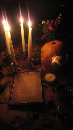 This captures the quiet sentiment of #Samhain, a time to make wishes & honor our ancestors