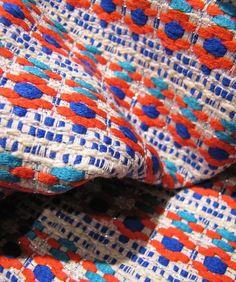 red and blue ✿ stylesight - Malhia Kent - PV vision 2015 Weaving Textiles, Textile Fabrics, Weaving Art, Textile Patterns, Hand Weaving, Textile Texture, Textile Fiber Art, Fabric Yarn, Fabric Weaving