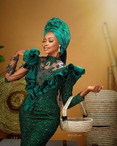 Nigerian Lace Styles Dress, African Lace Styles, Lace Dress Styles, African Wear Dresses, Latest African Fashion Dresses, African Print Fashion, African Attire, Ankara Styles, Traditional Wedding Attire