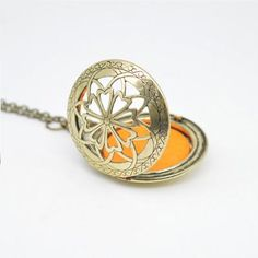'Blooming' Locket Essential Oil Necklace Diffuser