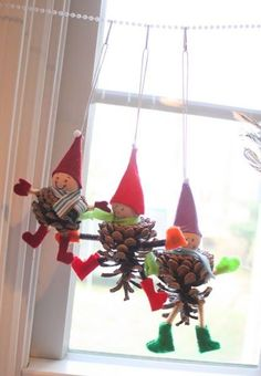We had so much fun making these: And these:  Here's what you need:  1. Pinecones  2. Felt  3. Ribbon or string for hanging.  4. A glue gun (...