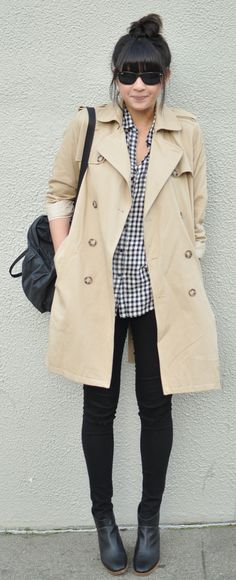 Adorable fall outfit - trench coat, gingham shirt, black denim, booties