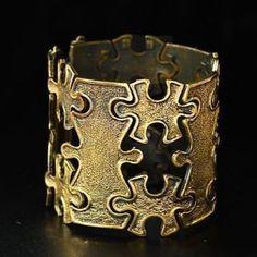 "Pentti Sarpaneva for Turun Hopea ~vintage, modernist ""Puzzle"" bronze bracelet #brass #bold #statement #jigsaw #inspiration #design #bijoux…"