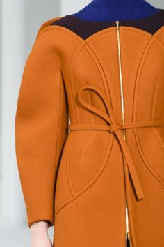 Delpozo at New York Fashion Week Fall 2017 - Details Runway Photos Source by danqinyu Fashion Ideas New York Fashion, Runway Fashion, Trendy Fashion, Fashion Show, Fashion Outfits, Womens Fashion, Fashion Design, Fashion Trends, Fashion Ideas