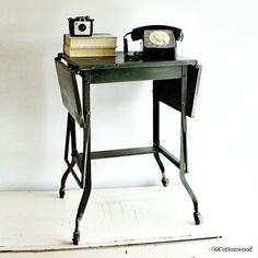 Charming Vintage Typewriter Table   Typewriter Stand   Typewriter Cart   Industrial    Dark Green   Table