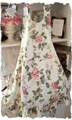 Apron in my favorite color combo---pink, green, and white