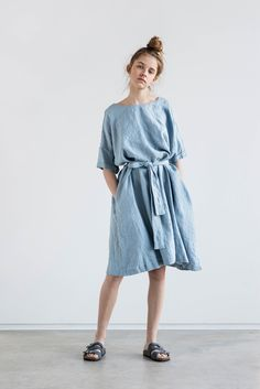 89f3d70e064 Linen summer dress with DROP SHOULDER short sleeves   Oversized loose  fitting